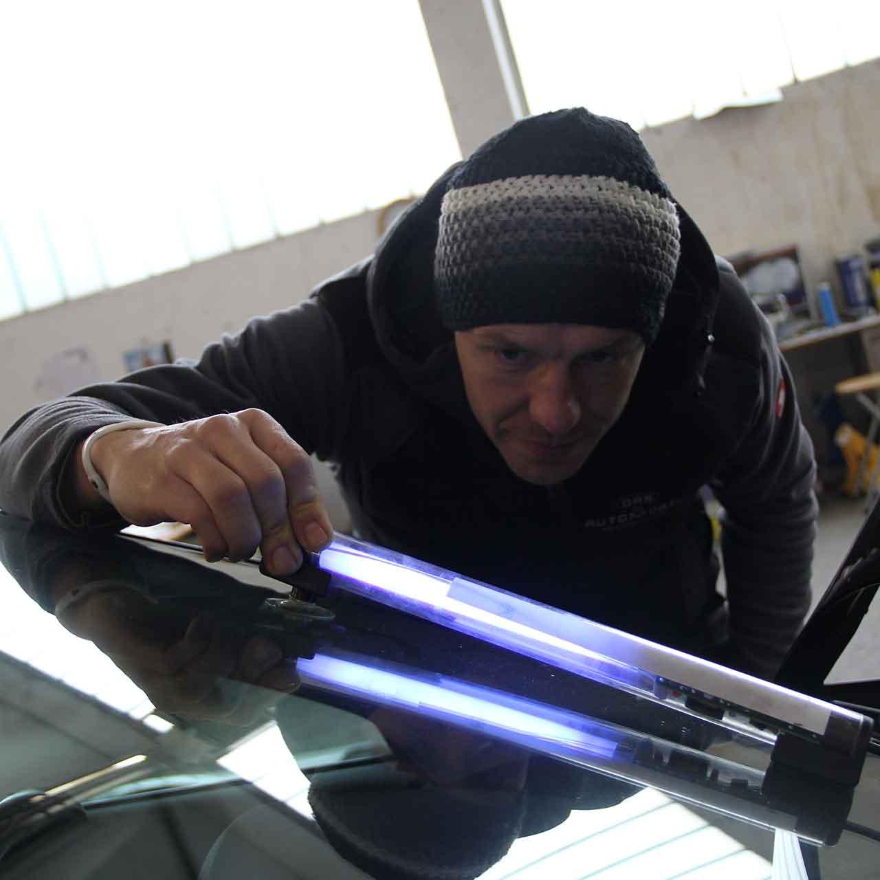 autoglas-steinschaden-reparatur-das-automobil