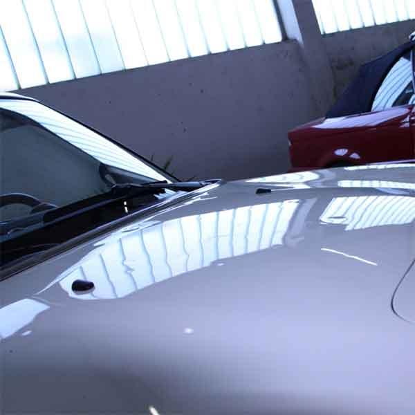 hagelschaden-reparierung-das-automobil